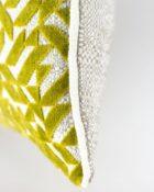 Designers Guild Kissen Dufrene Moss Grün Cushion Samt Rechteck Muster