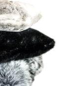 Schwarz Grau Hellgrau Kissen Kunstfell