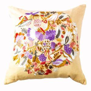 Designers Guild Kissen Giradon Coral Lila-Korall Blumen Floral Muster Lila Koralle Weiß
