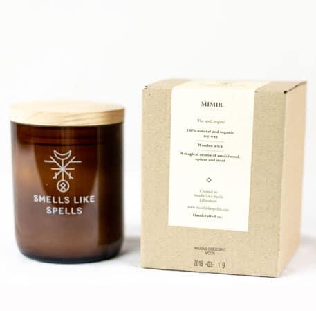 Smells Like Spells Duftkerze Mimir Sandelholz & Minze Kerze Duft Candle Holz
