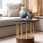 lounge sofa wohnzimmer Sofa Tisch Vasen Kissen taupe
