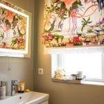 Einrichtung Badezimmer Bad Gestaltung Blumenvorhang