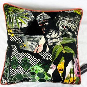 Designers Guild Kissen Bayou Fantasy Prisme Muster Couchdeko Kissenguide mit Kissen dekorieren Kissen richtig arrangieren Dekokissen für Couch und Bett Sofa mit Kissen dekorieren