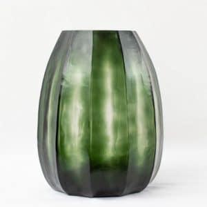 Guaxs Vase Koonam medium grünes Glas grüne Vase hochwertig